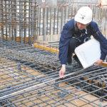<b>[鉄筋工]</b>建物の骨組みを作り上げる専門技術者