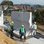 道路、河川、宅地造成工事のブロックなど<br>コンクリート製品を製造
